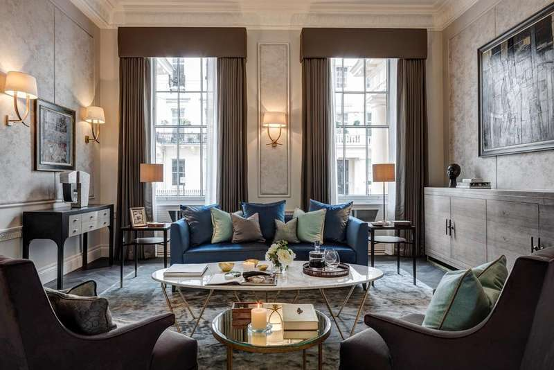 4 Bedrooms Ground Flat for sale in Eaton Place, London. SW1X