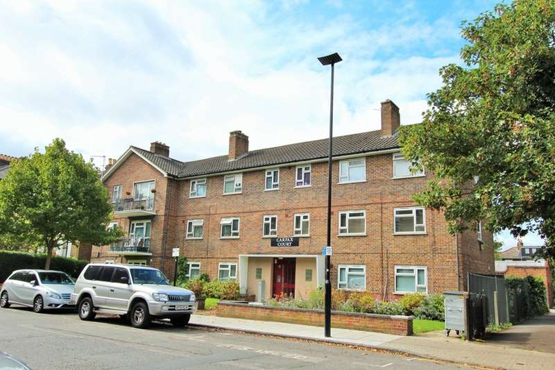 3 Bedrooms Flat for sale in Oxford Road North, London, London, W4