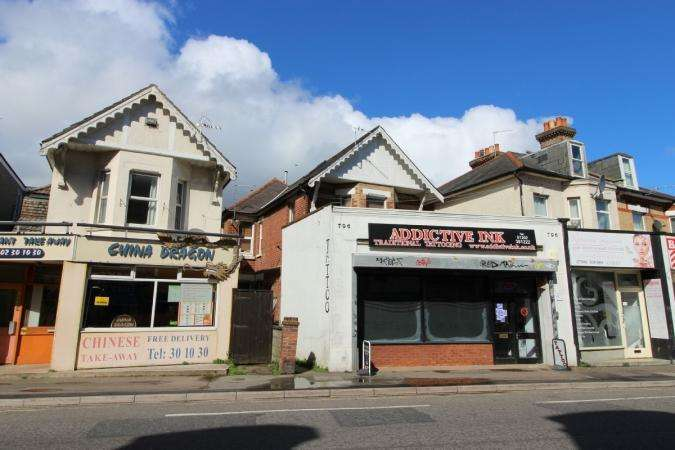4 Bedrooms Flat for sale in Christchurch Road , Boscombe
