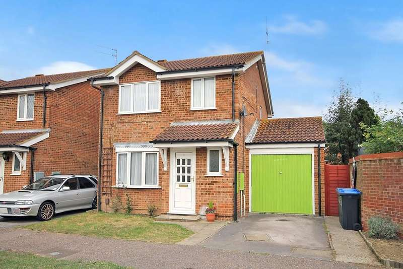 4 Bedrooms Detached House for sale in Swallows Green Drive, Worthing BN13 2TS