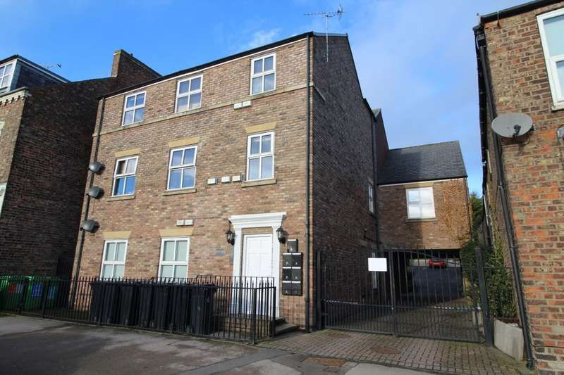 2 Bedrooms Flat for sale in Front Street, Acomb, York, YO24