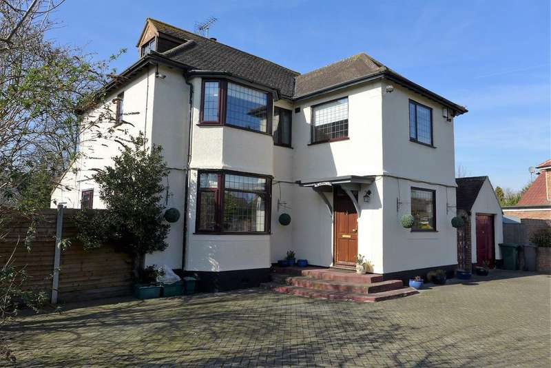 5 Bedrooms Detached House for sale in Queens Avenue, Hanworth Park