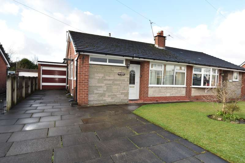 3 Bedrooms Semi Detached Bungalow for sale in Harris Drive, Unsworth, Bury, BL9