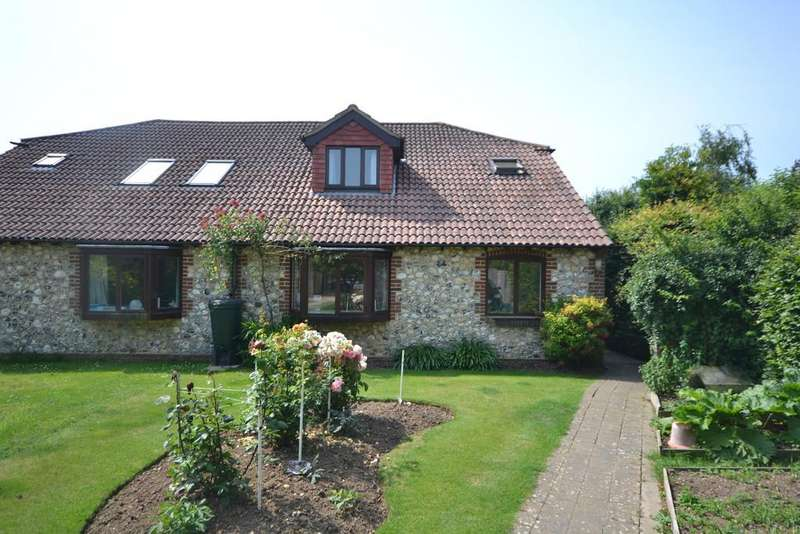 4 Bedrooms Semi Detached House for sale in Bosham
