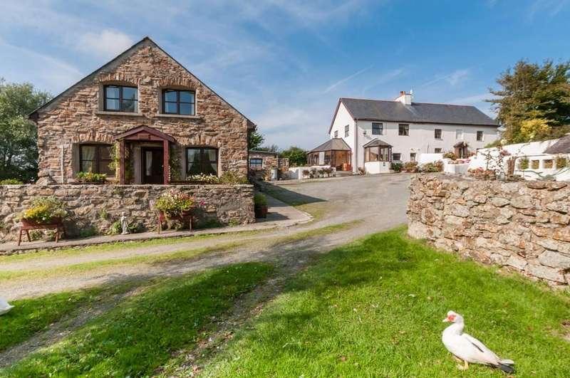 4 Bedrooms Detached House for sale in Llandyfrydog, North Wales