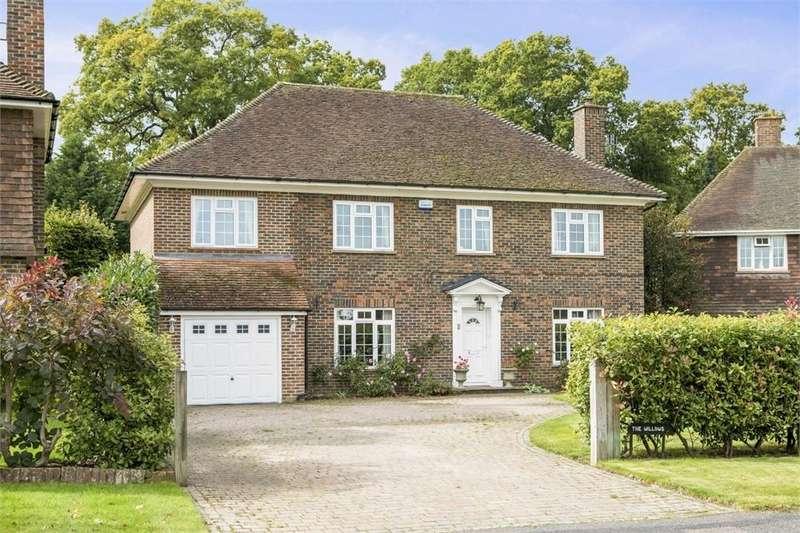 4 Bedrooms Detached House for sale in Woodlands Park, Guildford, Surrey