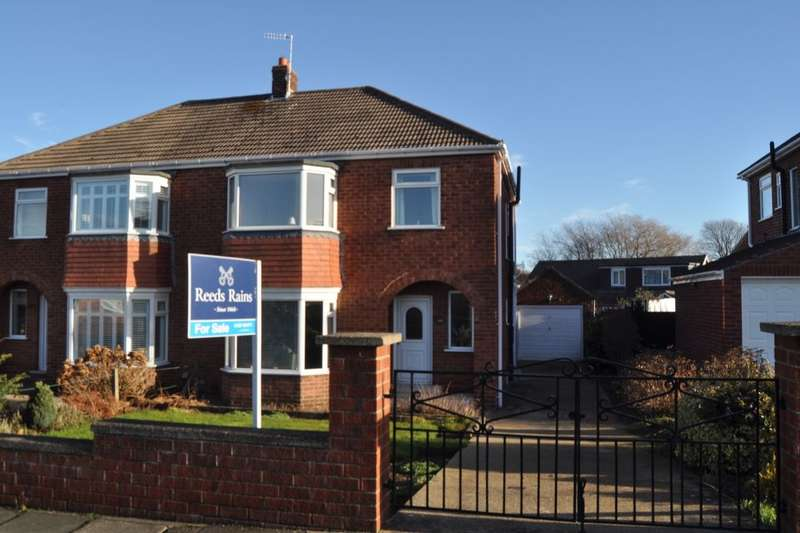 3 Bedrooms Semi Detached House for sale in Thames Avenue, Guisborough, TS14