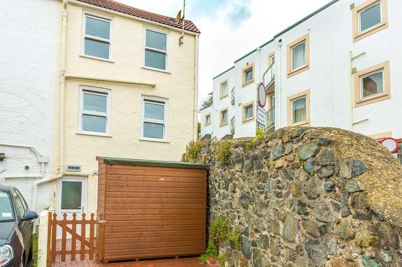 1 Bedroom Semi Detached House for sale in Les Cotils, St. Peter Port, Guernsey