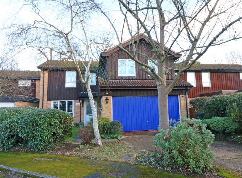 5 Bedrooms Detached House for sale in Aldingbourne Close, Ifield, West Sussex, RH11