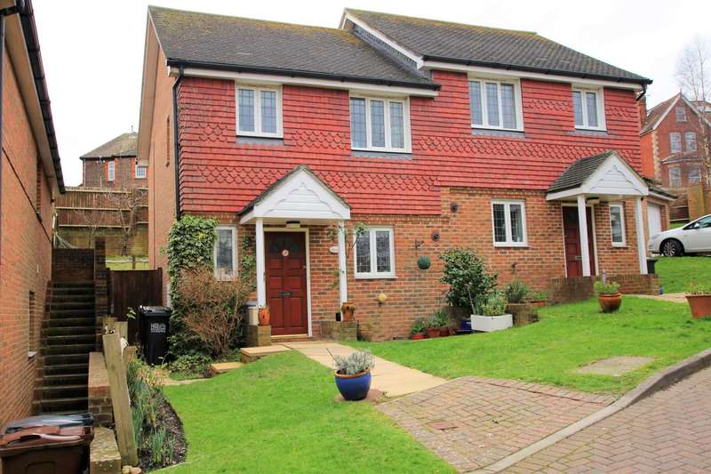 3 Bedrooms Semi Detached House for sale in Rossington Close, Eastbourne, BN21 2NG