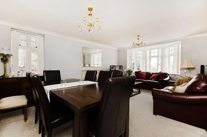 2 Bedrooms Flat for rent in Arterberry Road, West Wimbledon, SW20