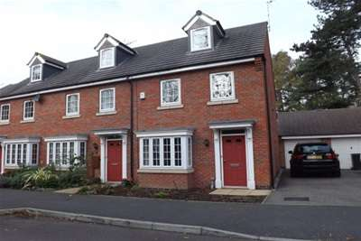 3 Bedrooms Town House for rent in Burgess Drive, Earl Shilton, LE9