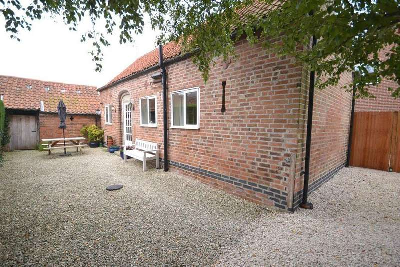 1 Bedroom Barn Conversion Character Property for rent in The Barn, Buingham