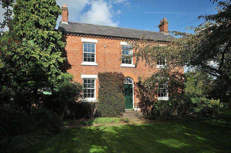 3 Bedrooms Detached House for sale in Period house in 7 acres with a two storey barn - Hangmans Lane, Lostock Green