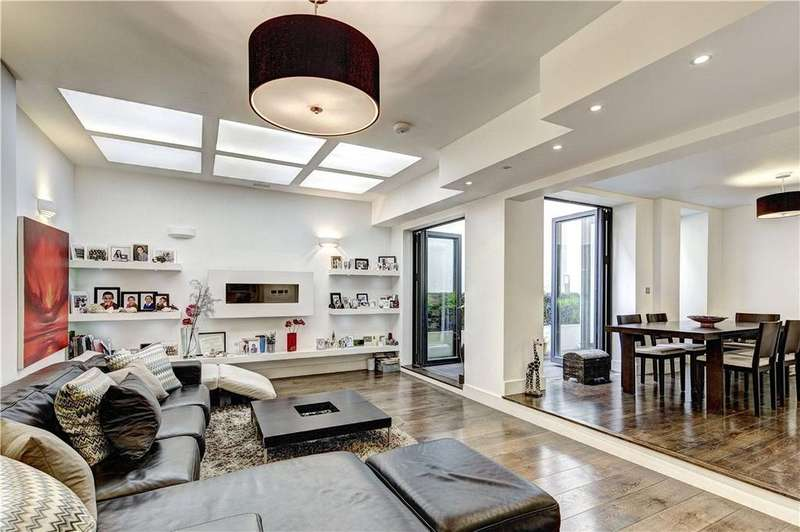 4 Bedrooms Flat for sale in Sussex Gardens, Hyde Park, London, W2