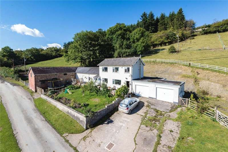 3 Bedrooms Equestrian Facility Character Property for sale in Llandinam, Powys