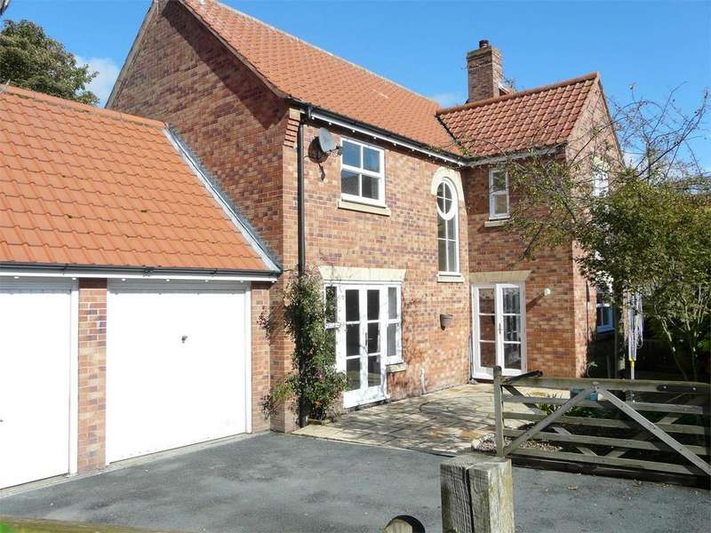4 Bedrooms Detached House for sale in Church Lane, Wheldrake, York