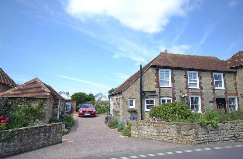 2 Bedrooms Semi Detached House for sale in Albion Road, Selsey, PO20
