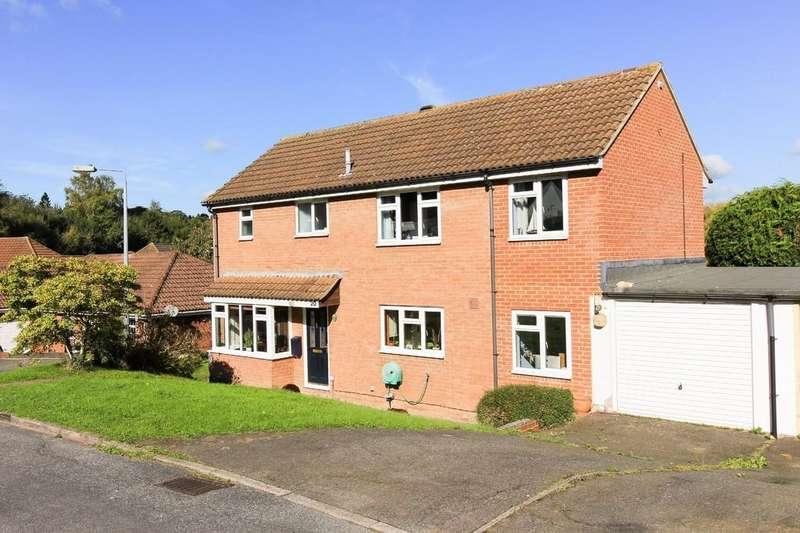 3 Bedrooms Detached House for sale in Bridge Close, Horam