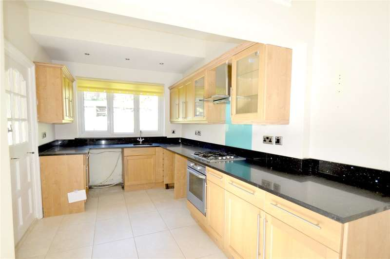 5 Bedrooms Semi Detached House for rent in Foxley Lane, Purley