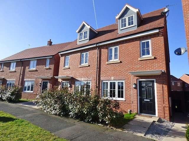 3 Bedrooms House for sale in Kingswood Road, Kingswood, Warrington