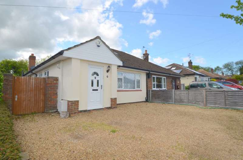 3 Bedrooms Bungalow for sale in Rose Drive, Chesham HP5