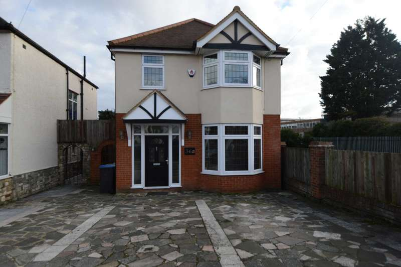 Detached House for sale in Wilmer Way, London