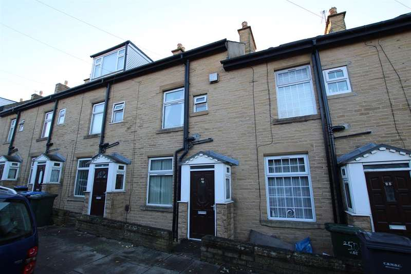3 Bedrooms Terraced House for sale in Dalton Terrace, Bradford, West Yorkshire, BD8 8PE