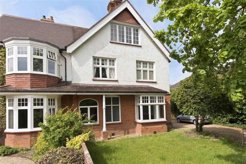 3 Bedrooms Maisonette Flat for sale in Mayfield Road, Weybridge, Surrey, KT13