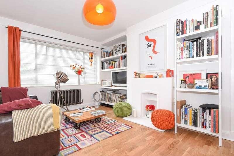 2 Bedrooms Flat for sale in Hornsey Lane, Highgate