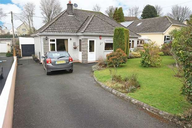 3 Bedrooms Detached Bungalow for sale in Tors View Close Tavistock Road, Callington, Cornwall