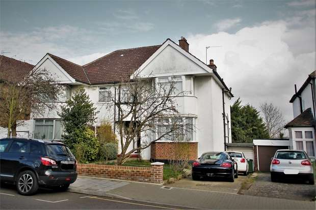 4 Bedrooms Semi Detached House for sale in Elmwood Avenue, Harrow, Middlesex