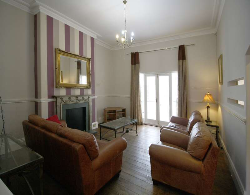 3 Bedrooms Apartment Flat for rent in Osborne Road, Newcastle Upon Tyne