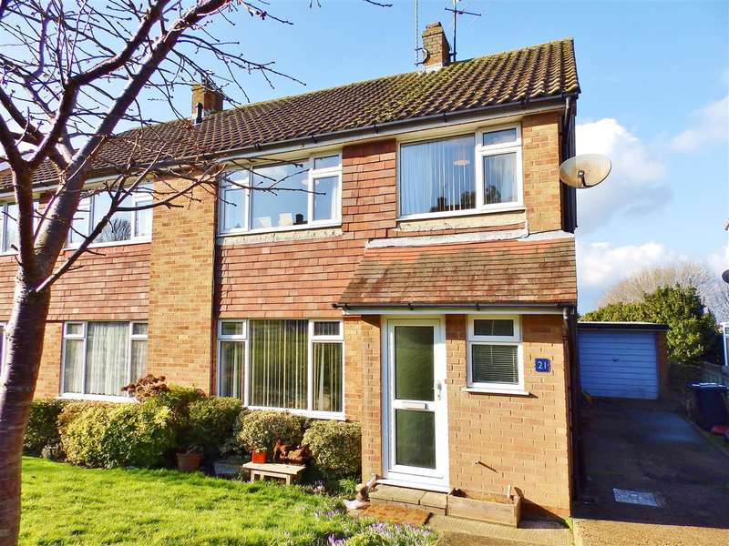 3 Bedrooms Semi Detached House for sale in Winchester Way, Eastbourne