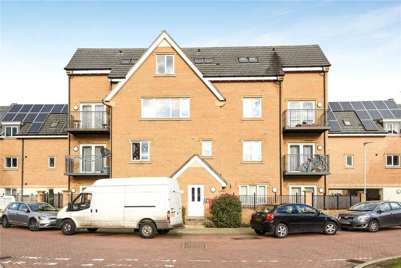 2 Bedrooms Apartment Flat for sale in Centurion House, 99 Varcoe Gardens, Hayes, Middlesex, UB3
