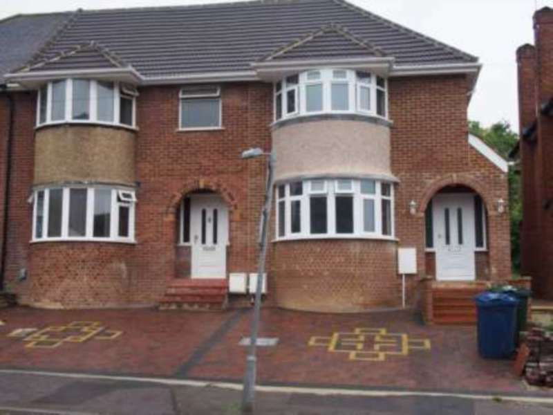 House Share for rent in Chairborough Road, High Wycombe