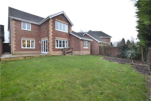 4 Bedrooms Detached House for sale in Pineholt Gate, GLOUCESTER, GL3 3SQ