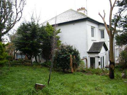 3 Bedrooms Semi Detached House for sale in Penzance, Cornwall