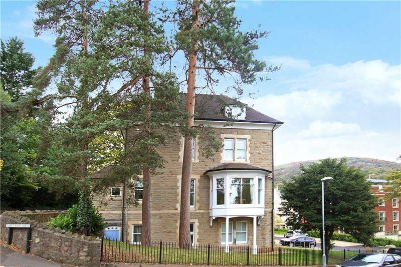 3 Bedrooms Apartment Flat for sale in Milbourne Lodge, 141 Church Street, Malvern, Worcestershire, WR14