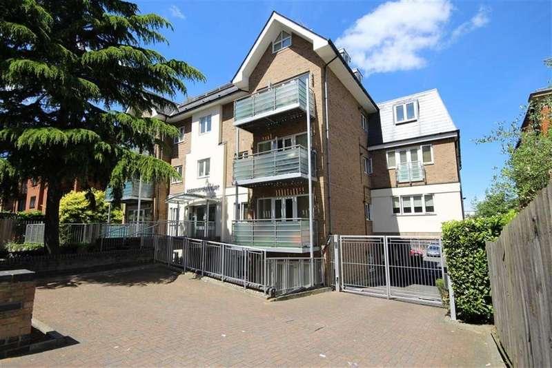1 Bedroom Flat for sale in Station Road, New Barnet, Hertfordshire