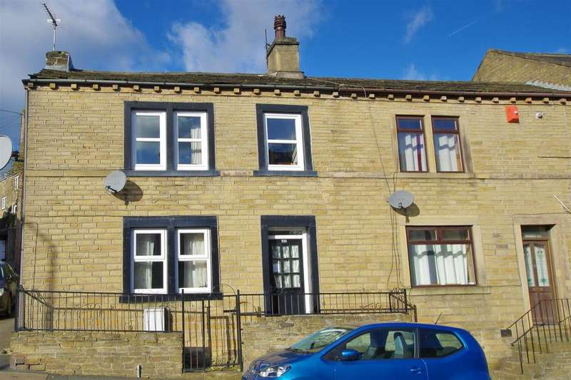 3 Bedrooms House for sale in Stainland Road, Holywell Green
