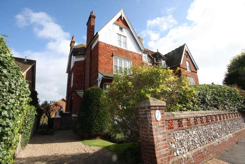 2 Bedrooms Apartment Flat for sale in 7 Granville Road, Eastbourne BN20