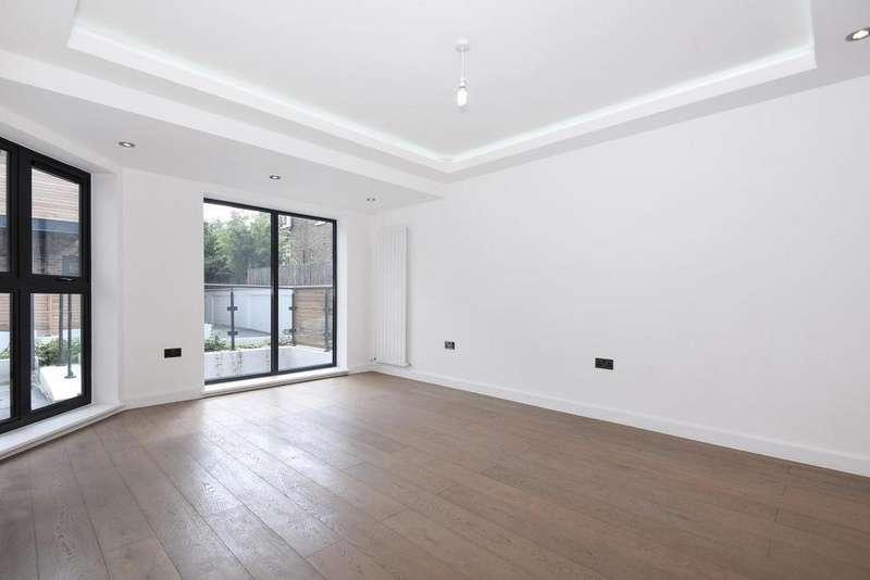 3 Bedrooms Semi Detached House for sale in Bemish Road, Putney