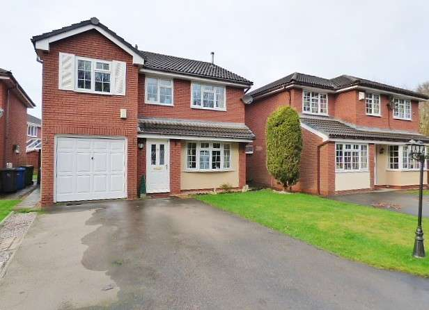 4 Bedrooms Detached House for sale in Gresford Close, Callands, Warrington