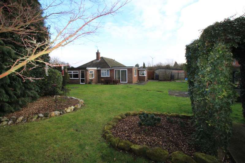 4 Bedrooms Bungalow for sale in Northfield Road, Swaffham
