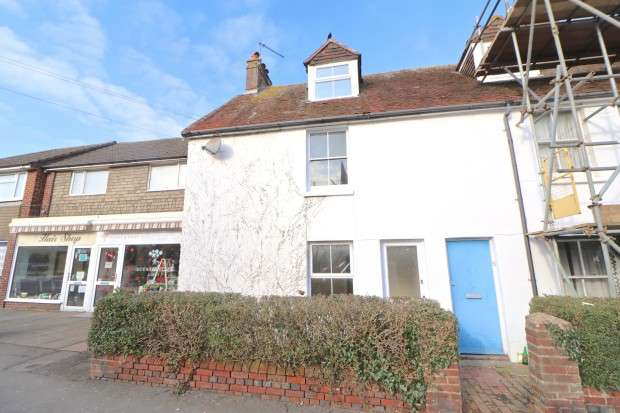 2 Bedrooms End Of Terrace House for rent in High Street, Polegate, BN26