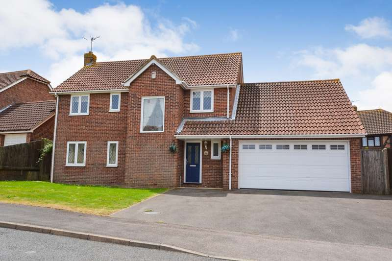 4 Bedrooms House for sale in Cheviot Close, Eastbourne, BN23
