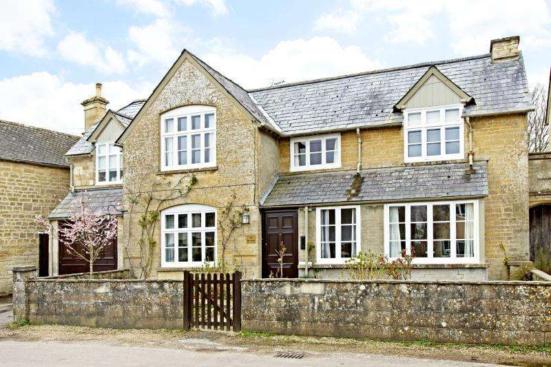 5 Bedrooms Detached House for sale in Jubilee Lane, Milton-Under-Wychwood, Oxon, OX7