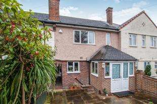 3 Bedrooms Terraced House for sale in Violet Lane, Croydon
