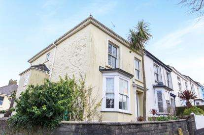 2 Bedrooms Flat for sale in Falmouth, ., Cornwall
